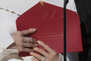 envelope-close-up-2000